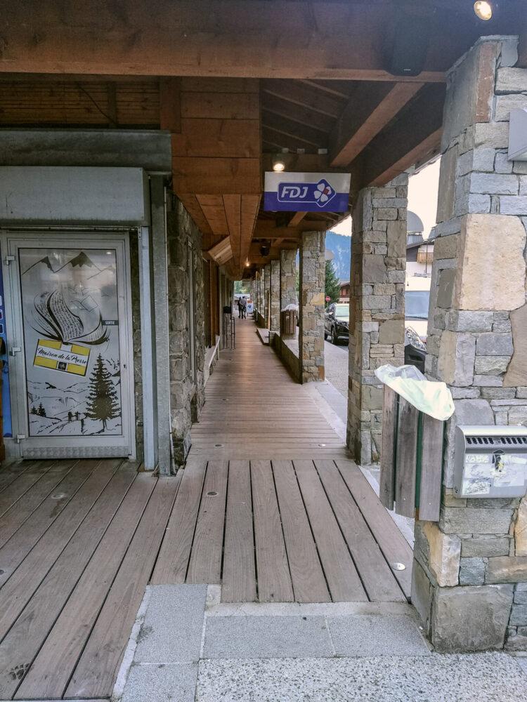 remplacement des planchers des arcades des Carroz